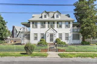 Cool Queens Ny Real Estate Homes For Sale Trulia Download Free Architecture Designs Rallybritishbridgeorg