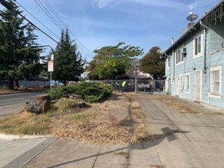 2201 92nd Ave, Oakland, CA 94603