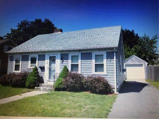 Enjoyable Pawtucket Ri 3 Bed Single Family Homes For Sale Trulia Beutiful Home Inspiration Aditmahrainfo