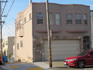594-598 Moscow St, San Francisco, CA 94112