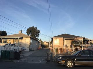 9318 Walnut St, Oakland, CA 94603