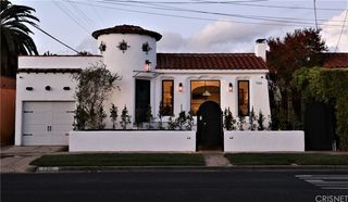7315 Oakwood Ave, Los Angeles, CA 90036