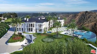 Stella Nova Estate Dr, Los Angeles, CA 90077