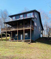 7332 Lillydale Rd, Byrdstown, TN 38549