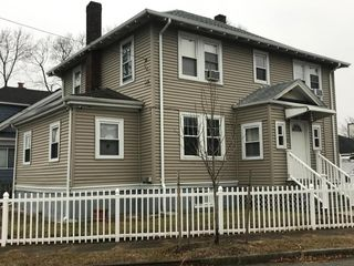 69 Henry St, Quincy, MA 02171