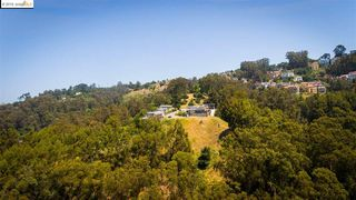7140 Thorndale Dr, Oakland, CA 94611