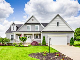 9942 Southwyck Ave NW, North Canton, OH 44720