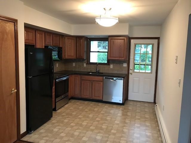 Astonishing 118 1 2 Frank St Dunmore Pa Multi Family Home 17 Home Interior And Landscaping Ologienasavecom