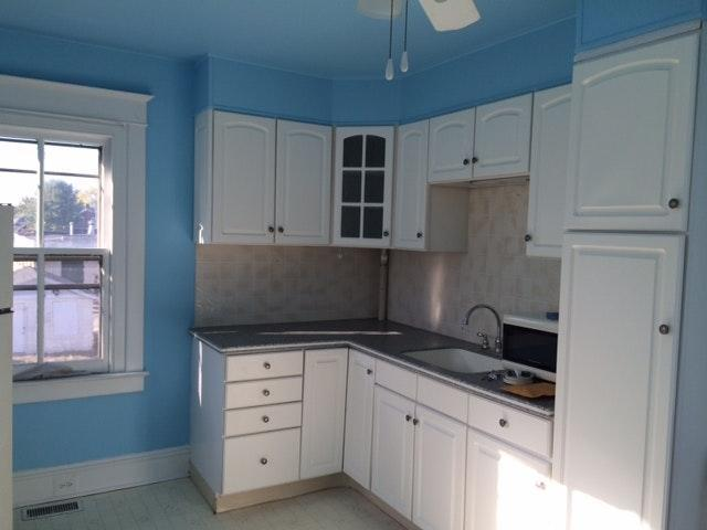Awe Inspiring 142 S Broad St B Lansdale Pa 19446 2 Bed 1 Bath Multi Family Home For Rent 13 Photos Trulia Interior Design Ideas Apansoteloinfo