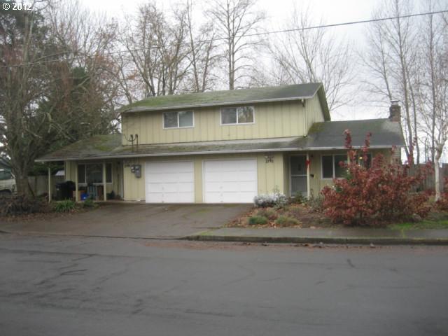 2190 Ohio St, Eugene, OR - 4 Bed, 2 Bath Multi-Family Home