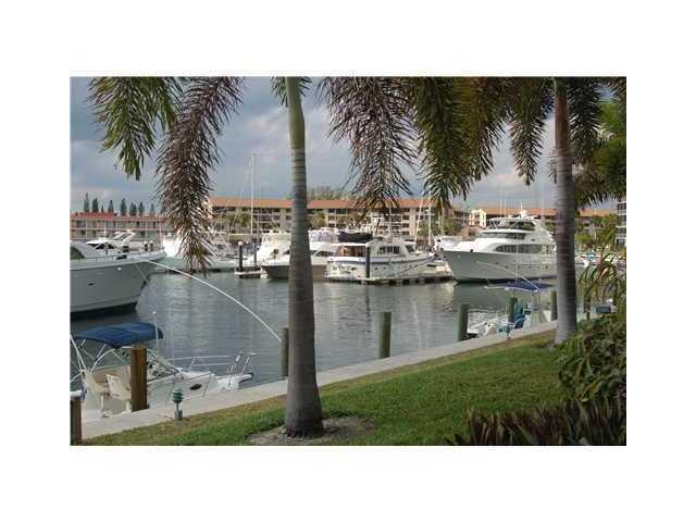 37 Yacht Club Dr #301, North Palm Beach, FL 33408 - 1 Bed, 1 Bath  Multi-Family Home For Rent - MLS# RX-10556677 - 24 Photos | Trulia