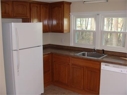 86 Plympton St #1, Middleboro, MA 02346 - 2 Bed, 1 Bath Multi-Family Home  For Rent - 8 Photos   Trulia