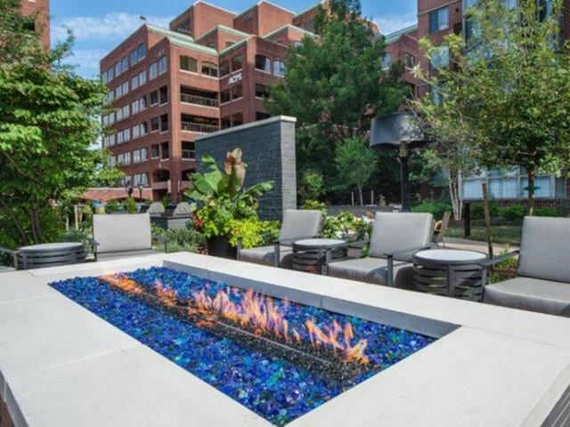 Meridian at Braddock Station Apartments