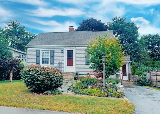 Outstanding 16 Somerset St South Portland Me 04106 2 Bed 1 Bath Single Family Home For Rent 13 Photos Trulia Home Interior And Landscaping Palasignezvosmurscom