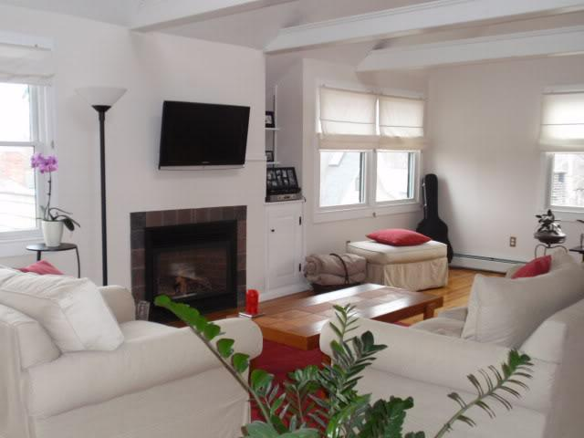 5 Jefferson St, Marblehead, MA 01945 - 3 Bed, 1.5 Bath Townhouse For Rent -  8 Photos | Trulia