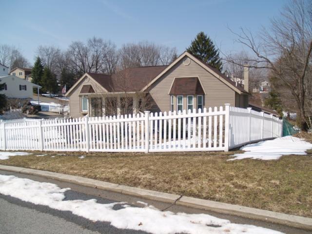 201 Winding Knoll Rd, Altoona, PA - Single-Family Home - 12 ...