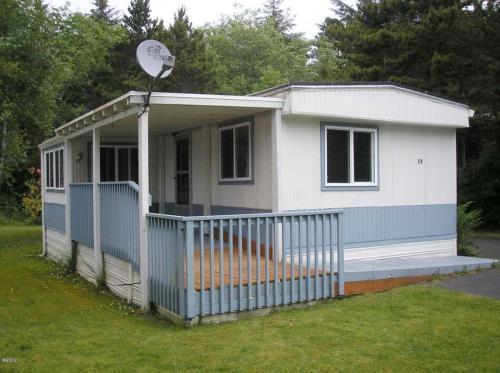 5405 Oregon Coast Hwy #28, Waldport, OR - 2 Bed, 2 Bath - 11 ... on palm springs mobile home, victoria mobile home, oregon coast single family home, long island mobile home, phoenix mobile home, mobile mobile home,
