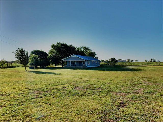 823 County, Valley Mills, TX 76689 - 3 Bed, 2 Bath Single-Family Home -  MLS# 191120 - 15 Photos | Trulia