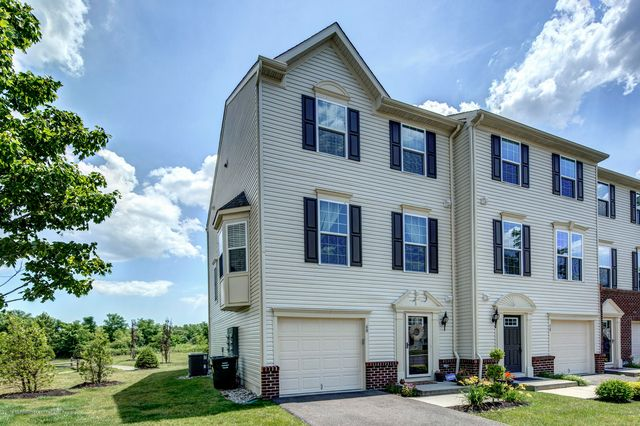 60 Kyle Dr, Tinton Falls, NJ 07712 - 3 Bed, 4 Bath Townhouse - MLS#  21925471 - 28 Photos | Trulia