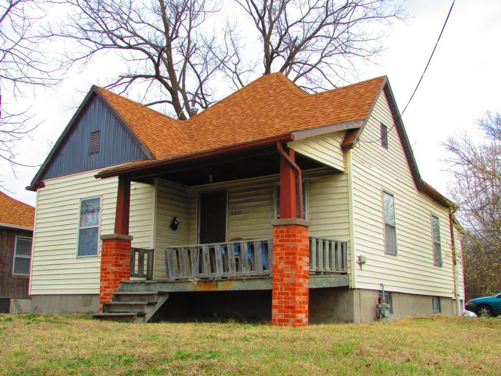 Sensational 900 N College Ave Columbia Mo 65201 3 Bed 1 Bath Single Family Home For Rent Trulia Interior Design Ideas Truasarkarijobsexamcom