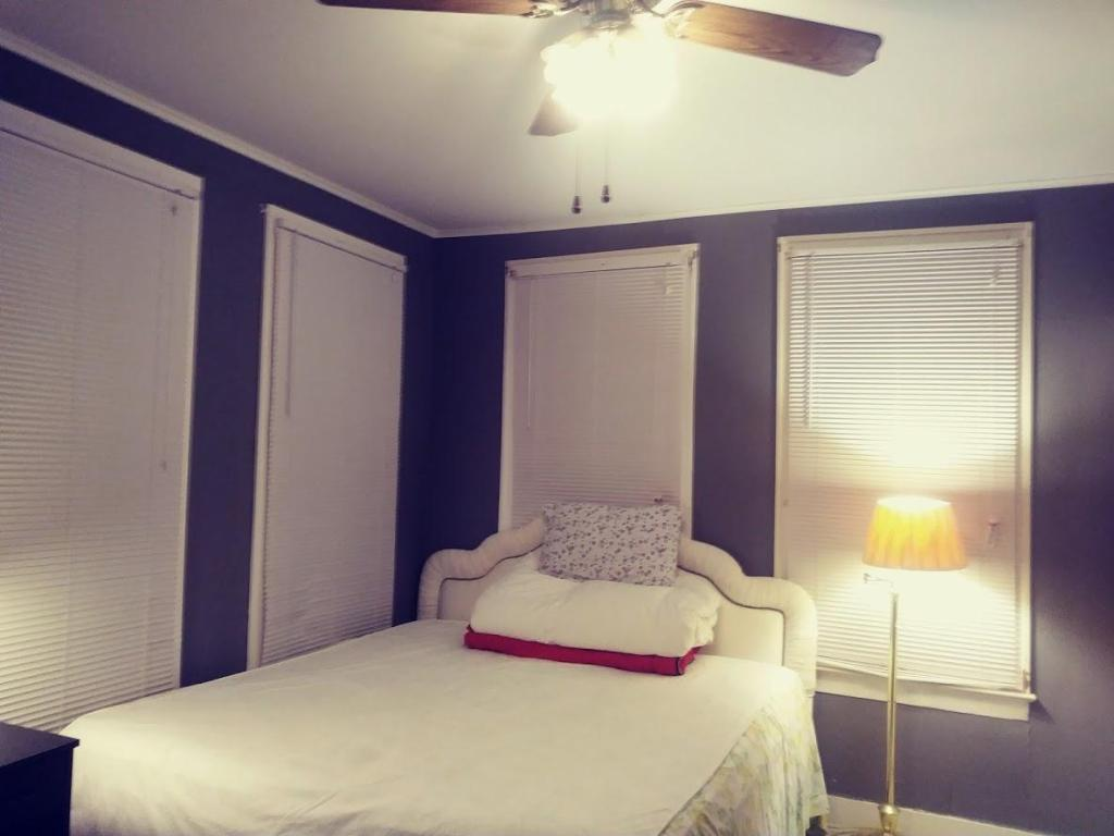 Creswell Ave and Wilkinson St, Shreveport, LA 71104 - 4 Bed, 2 Bath Room  For Rent - 23 Photos | Trulia