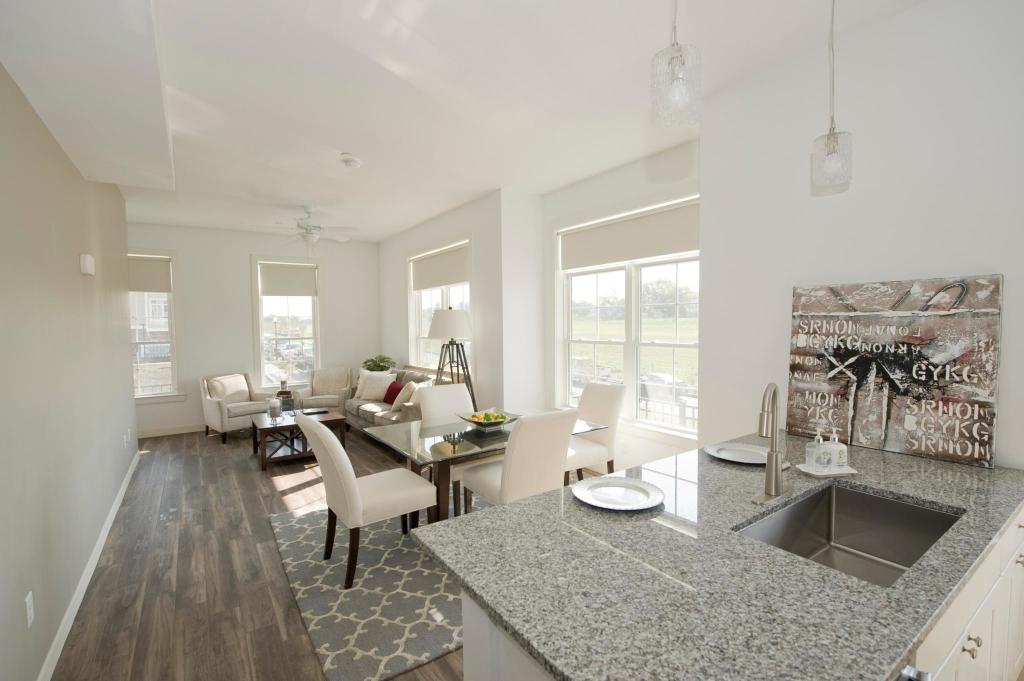 Fantastic Highland Park Apartments Beutiful Home Inspiration Semekurdistantinfo