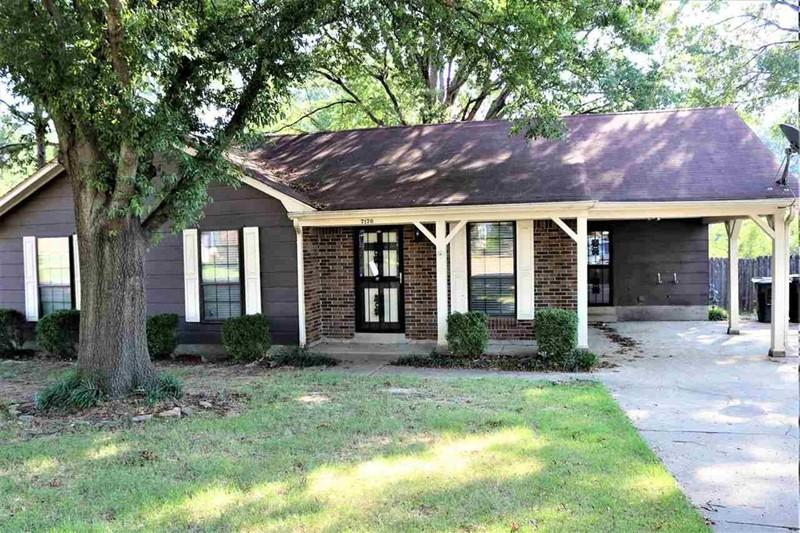Superb 7170 Lamesa Ln Memphis Tn 3 Bed 2 Bath Single Family Home Interior And Landscaping Ponolsignezvosmurscom