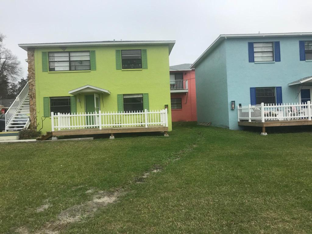 Pleasing 910 Alicia Ave Tampa Fl 33604 2 Bed 2 Bath Multi Family Home For Rent 17 Photos Trulia Download Free Architecture Designs Lectubocepmadebymaigaardcom