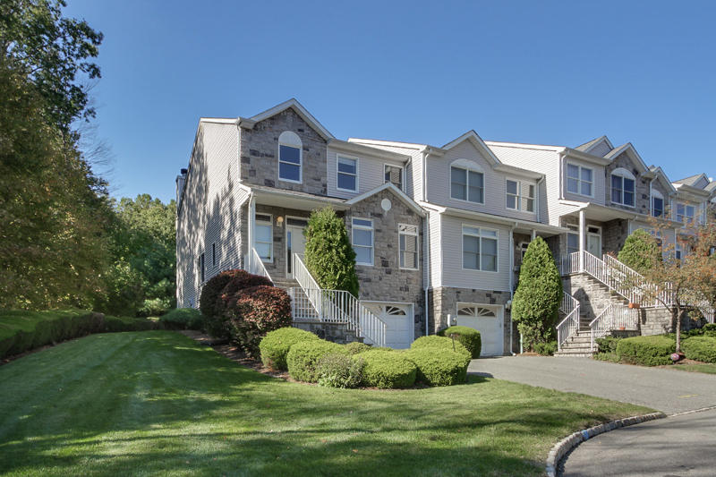 560 Old Dover Rd, Parsippany-Troy Hills, NJ 07950 - 3 Bed, 2 5 Bath  Townhouse For Rent - MLS# 3577693 - 20 Photos | Trulia