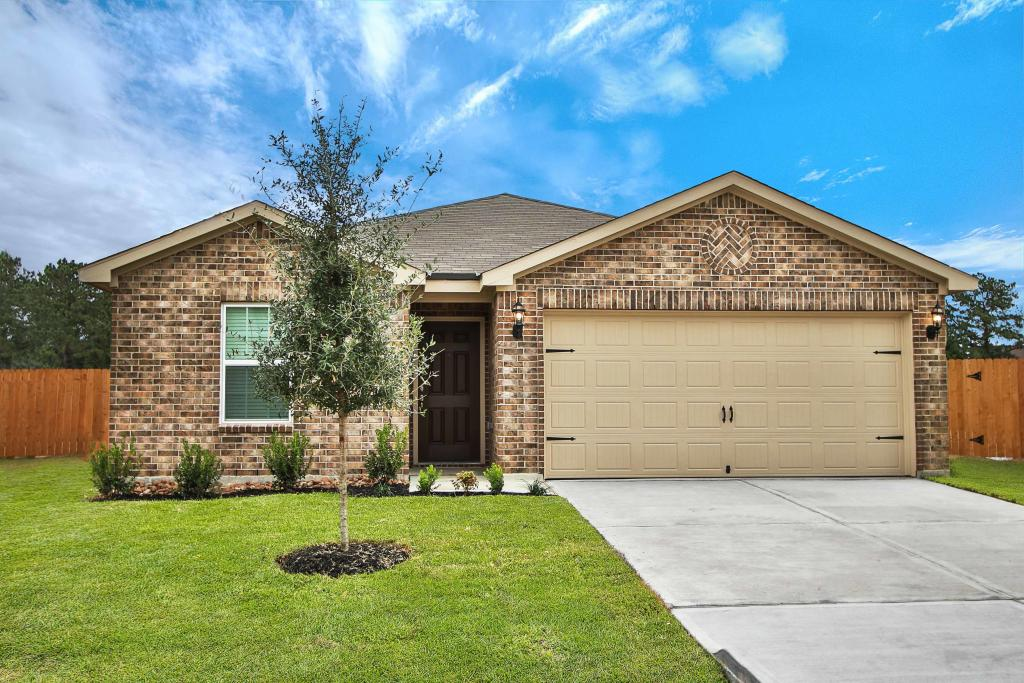 Trinity Plan In The Reserve At Park Lakes Humble Tx 77396 3