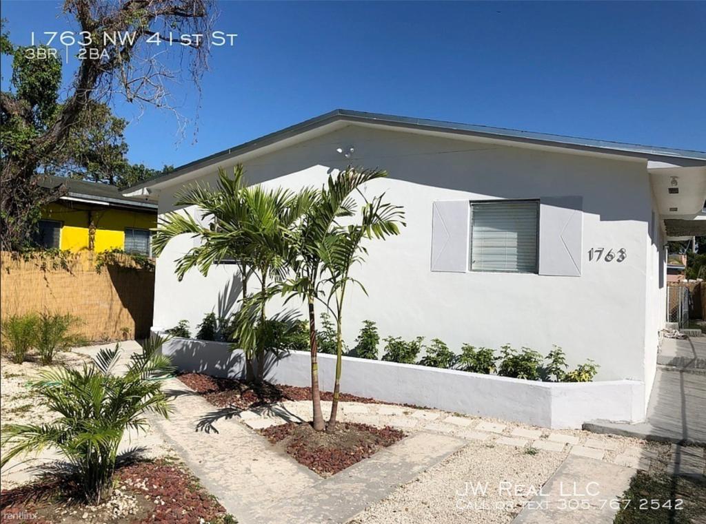 Brilliant 1763 Nw 41St St Miami Fl 3 Bed 2 Bath Single Family Download Free Architecture Designs Grimeyleaguecom