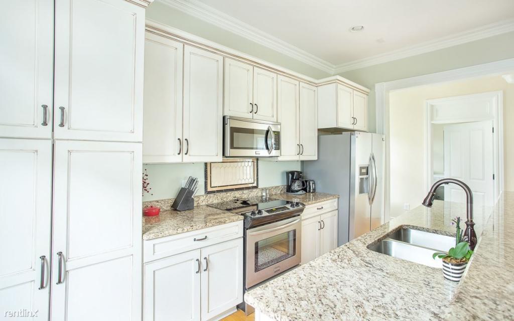 1111 Lincoln St, Savannah, GA 31401 - 3 Bed, 2.5 Bath Single-Family Home  For Rent - 10 Photos | Trulia