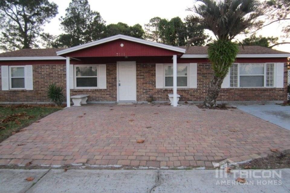 Outstanding 2185 Luana Dr E Jacksonville Fl 32246 3 Bed 2 Bath Single Family Home For Rent 16 Photos Trulia Home Interior And Landscaping Oversignezvosmurscom