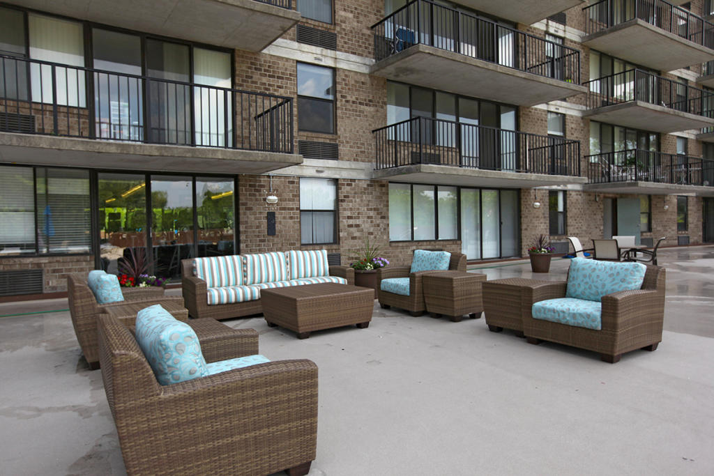 City Line Avenue >> The Point At City Line Apartments