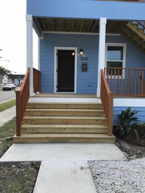 Superb 2537 39 Eagle St New Orleans La 70118 3 Bed 2 Bath Multi Family Home For Rent 10 Photos Trulia Home Interior And Landscaping Synyenasavecom
