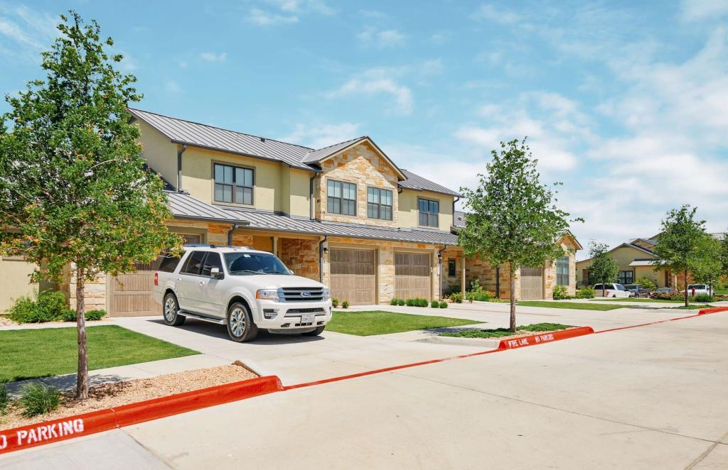 Incredible Mission Crossing Townhomes Complete Home Design Collection Papxelindsey Bellcom