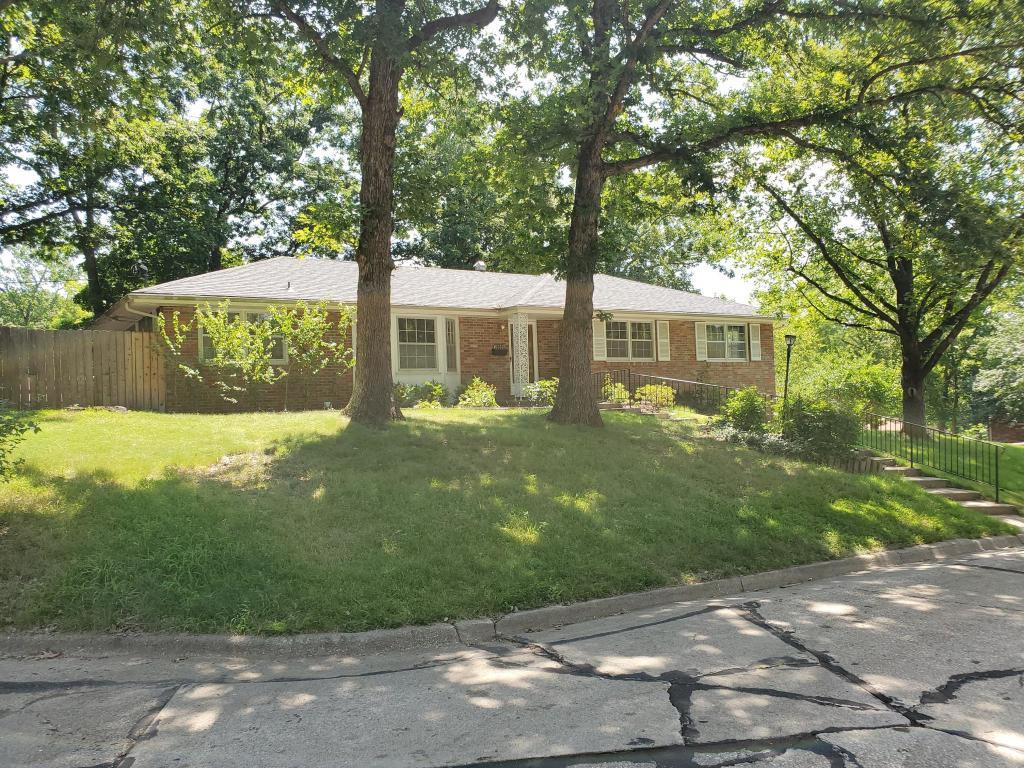 Strange 1909 Princeton Dr Columbia Mo 65203 4 Bed 3 Bath Single Family Home For Rent 15 Photos Trulia Beutiful Home Inspiration Xortanetmahrainfo
