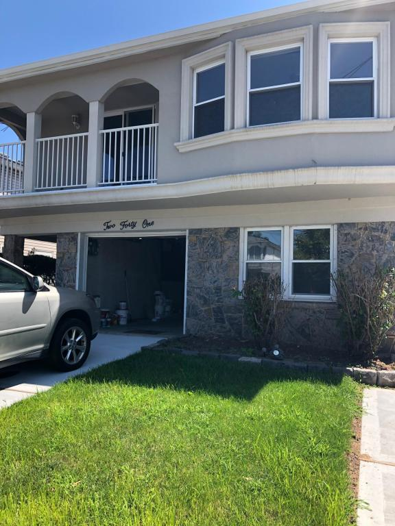 Arlene St and Commerce St, Staten Island, NY 10314 - 3 Bed, 2 Bath  Single-Family Home For Rent - 2 Photos | Trulia