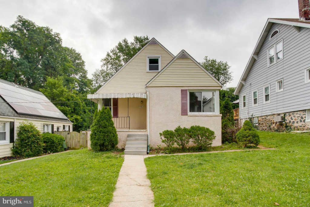 Pleasant 5615 Belle Vista Ave Baltimore Md 21206 4 Bed 1 5 Bath Single Family Home For Rent Mls Mdba473846 28 Photos Trulia Home Interior And Landscaping Palasignezvosmurscom