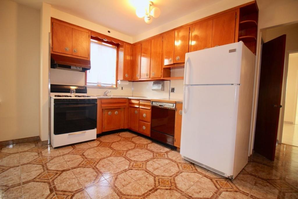 2017 73rd St #2B, Brooklyn, NY 11204 - 2 Bed, 1 Bath Multi-Family Home For  Rent - 6 Photos | Trulia