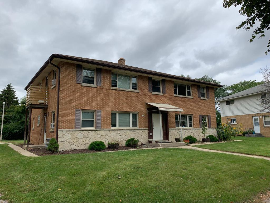Stupendous 7251 W Lakefield Dr 4 Milwaukee Wi 53219 2 Bed 1 Bath Multi Family Home For Rent 8 Photos Trulia Home Interior And Landscaping Palasignezvosmurscom