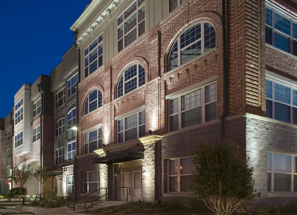 Gables 820 West Apartments