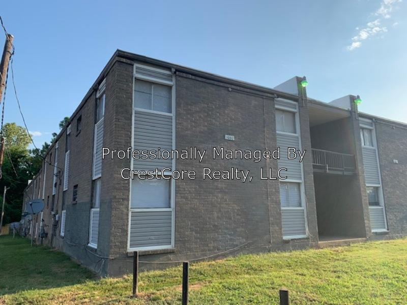 Superb 1060 Merriwether Ave 10 Memphis Tn 38105 2 Bed 1 Bath Multi Family Home For Rent 9 Photos Trulia Home Interior And Landscaping Analalmasignezvosmurscom