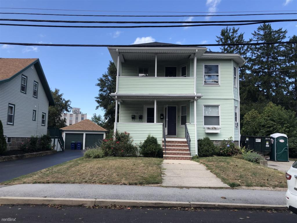 Miraculous 12 Clark St 14 Braintree Ma 02184 3 Bed 2 Bath Multi Family Home For Rent Trulia Download Free Architecture Designs Ferenbritishbridgeorg