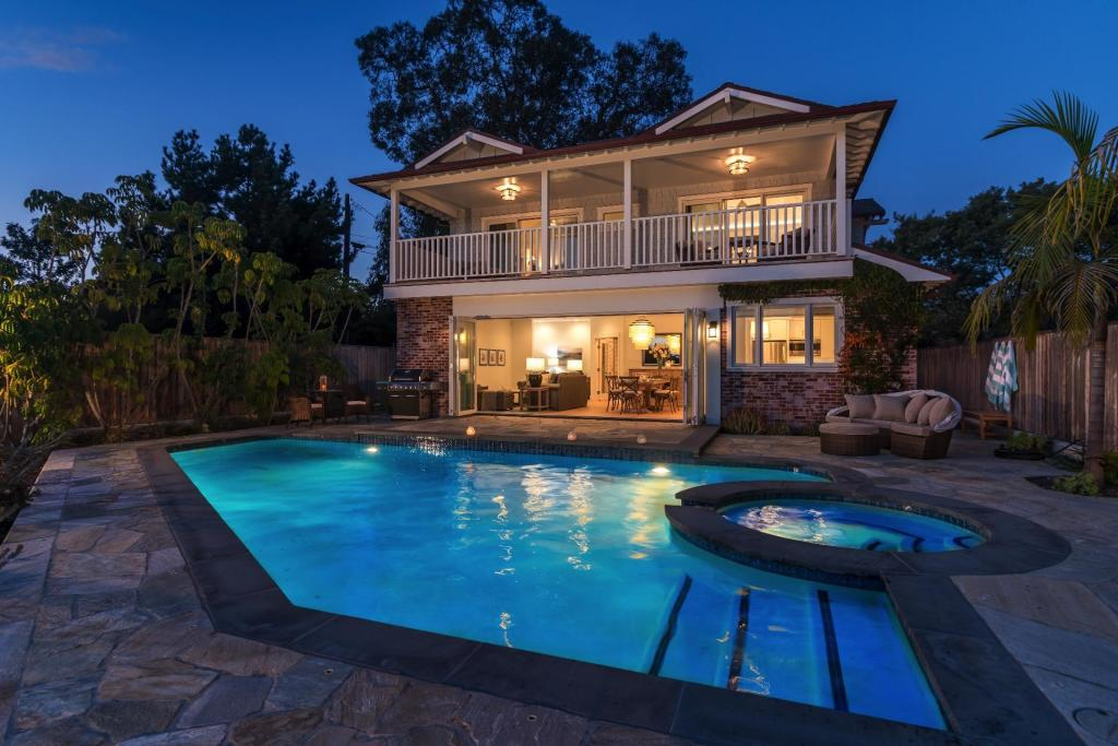 Amazing Cooper Rd And Edgewater Way Santa Barbara Ca 93109 3 Bed 4 Bath Single Family Home For Rent Mls Rn 15054 35 Photos Trulia Home Interior And Landscaping Mentranervesignezvosmurscom