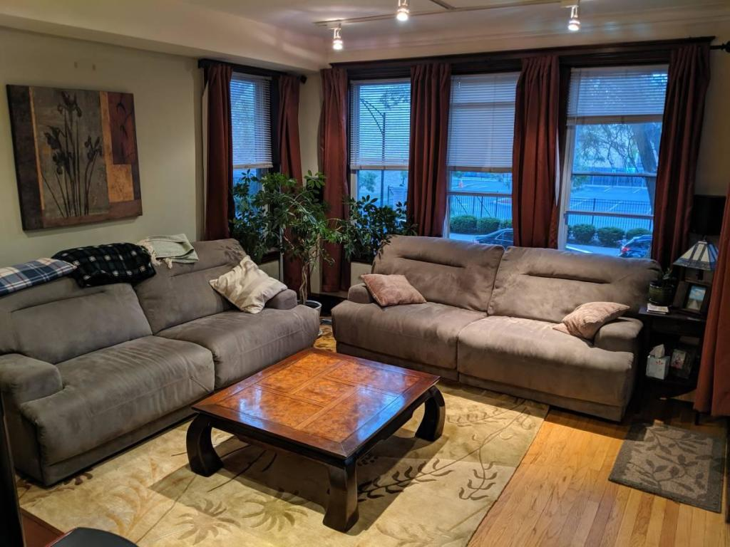 N Oakley Blvd and W Superior St, Chicago, IL 60612 - 2 Bed, 1 Bath Room For  Rent - 8 Photos   Trulia