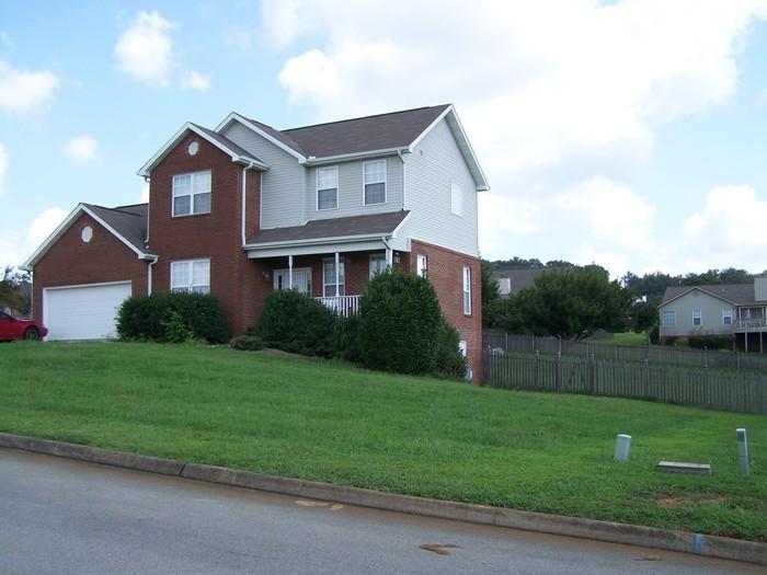 706 Greenfern Trl, Seymour, TN 37865 - 3 Bed, 2 5 Bath Single-Family Home  For Rent - 19 Photos | Trulia