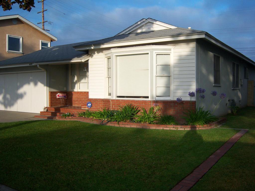 Admirable 4509 Adenmoor Ave Lakewood Ca 90713 3 Bed 1 5 Bath Single Family Home For Rent 7 Photos Trulia Interior Design Ideas Grebswwsoteloinfo