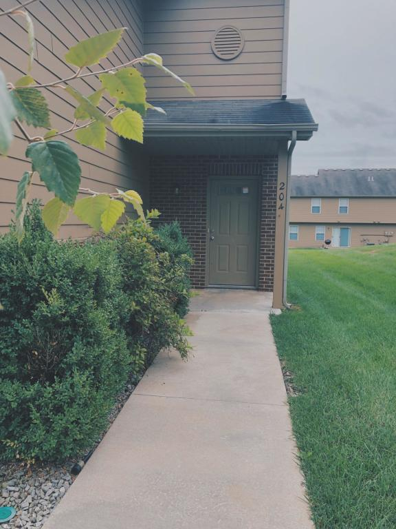 Excellent 204 Mountain View Ct Columbia Mo 65202 4 Bed 2 5 Bath Townhouse For Rent 14 Photos Trulia Beutiful Home Inspiration Xortanetmahrainfo