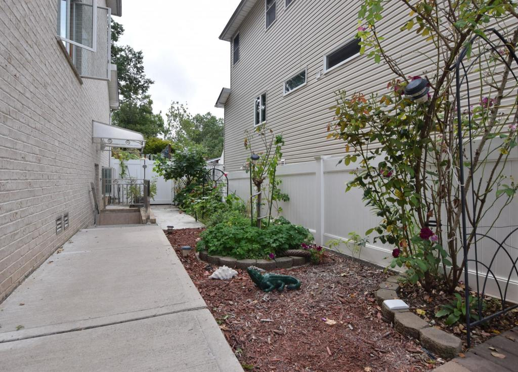 312 Vineland Ave, Staten Island, NY 10312 - 1 Bed, 1 Bath Single-Family  Home For Rent - 11 Photos | Trulia